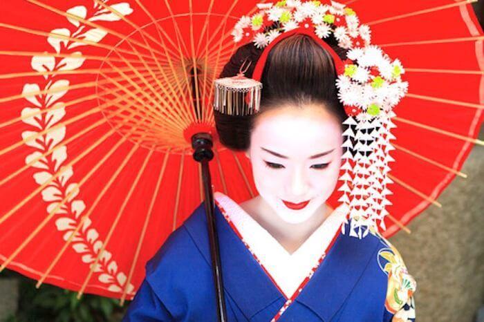 Călătorie literară în Japonia. 3 cărţi celebre despre spiritul japonez