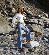 Bell-bottoms - Wikipedia, the free encyclopedia
