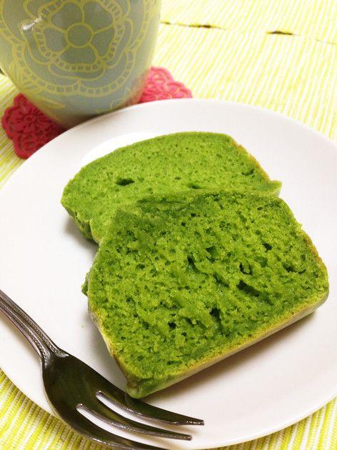 ホットケーキミックスで簡単に作れます!お野菜嫌いの人も食べやすいヘルシーオヤツです♡