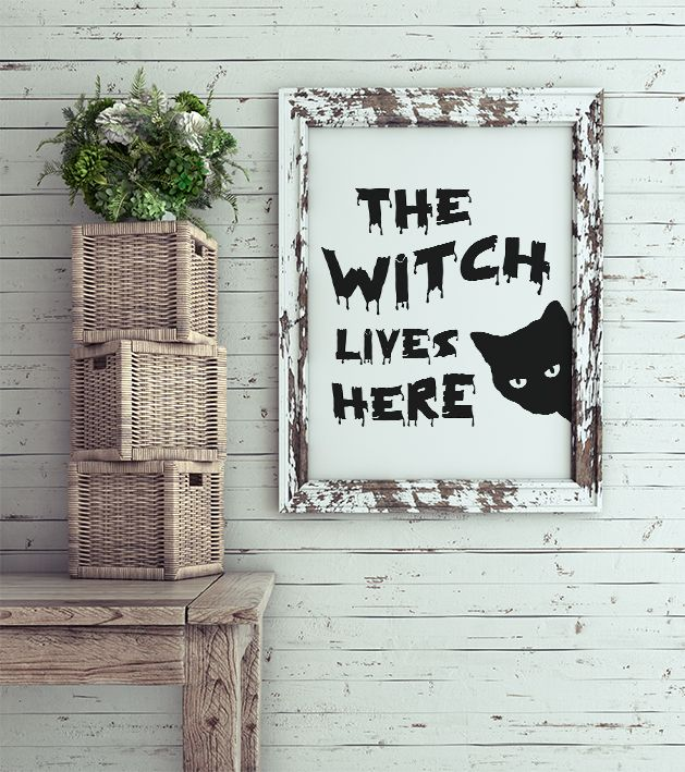 Yes, the witch lives here and I saw her turning into a black cat! This black cat print with witch quote will give a magic sensation to your house. Halloween printables are a fast and easy way of decorating. This black and white cat poster is perfect for your halloween decor. A halloween black cat is also a great cat lover gift. Because as we all  know, a cat is a true lovable witch and cat decor is trendy every single day. For personal use only, by InogitnaDesigns