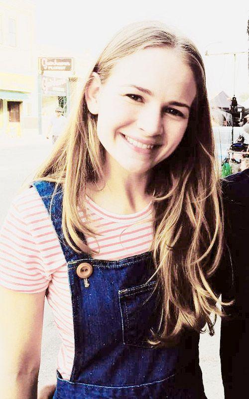 Kara Thomas -- 15 -- Britt Robertson