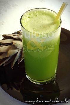 Receita de Suco de Abacaxi, Couve e Água de Coco