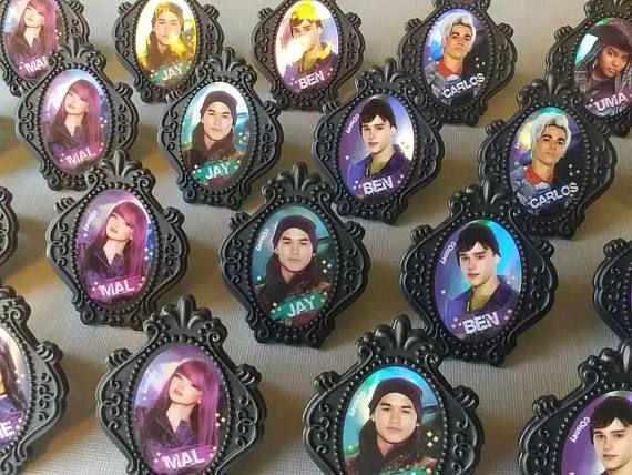 disney's descendants cupcakes - 570×428