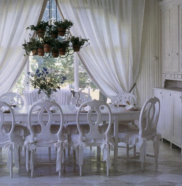 ♕ beautiful dining room from 'Swedish Style: Creating the Look' by Katrin Cargill