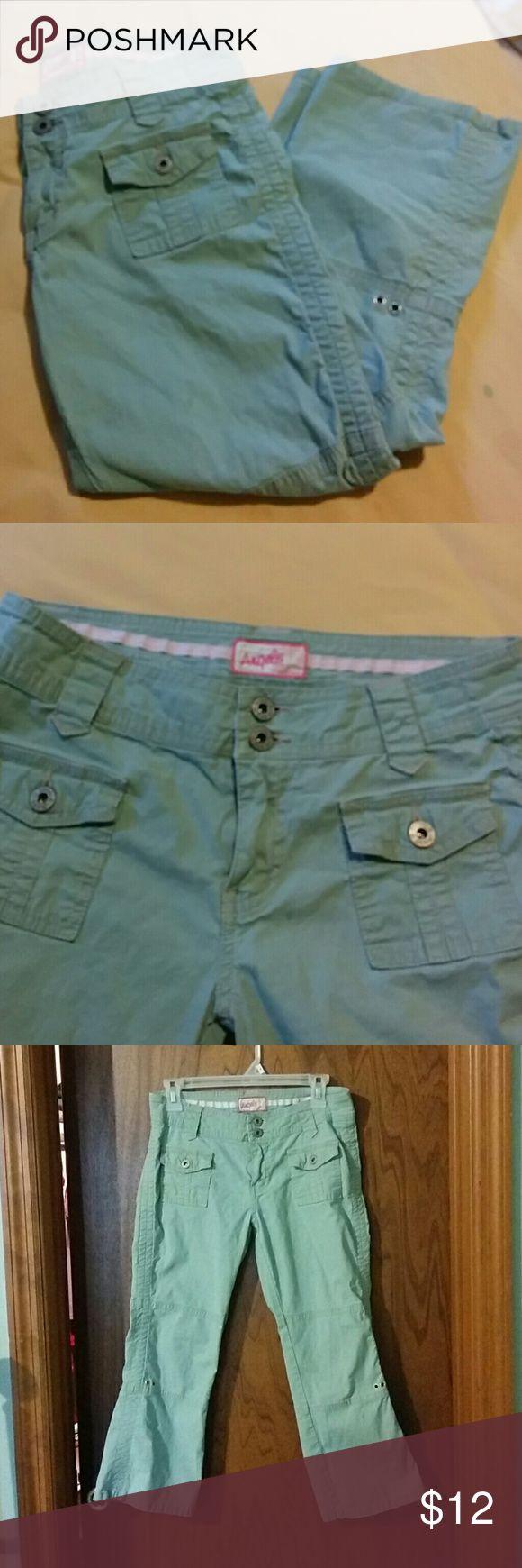 Mint colored capri pants size 7 juniors Angels brand mint green colored Capri pants, size 7 juniors, good used condition. Angels Pants Capris