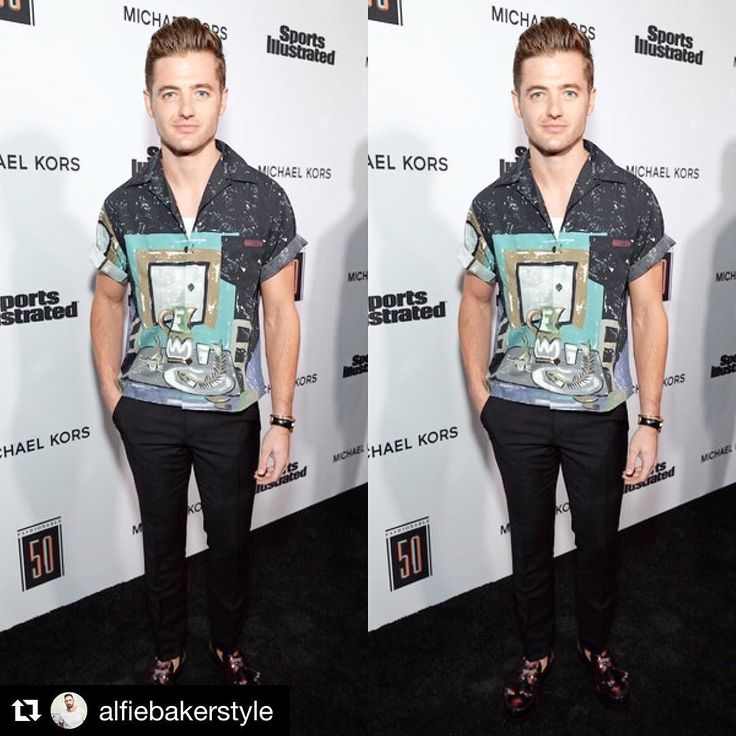 "1,344 Likes, 10 Comments - Robbie Rogers (@robbierogers) on Instagram: ""Thanks @alfiebakerstyle!! Always fun to be among other creative athletes at the @sportsillustrated…"""