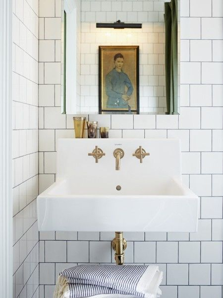 Obsessed With White Subway Tile Dark Grout At