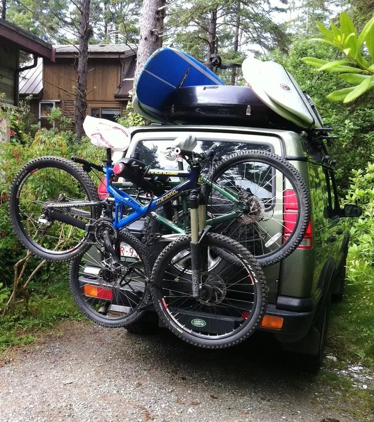 Land Rover Discovery 2 Fully Loaded with Gear. Like the back opening ski box and swing arm bike rack.