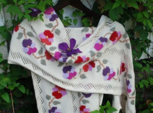 Sasha Kagan's Pansy chain Pashmina   All hand knitted in Rowan yarns 4 ply cotton. Hand knitting kits available at:  http://www.sashakagan.co.uk/kits/kitstyles/Ppashmina.html