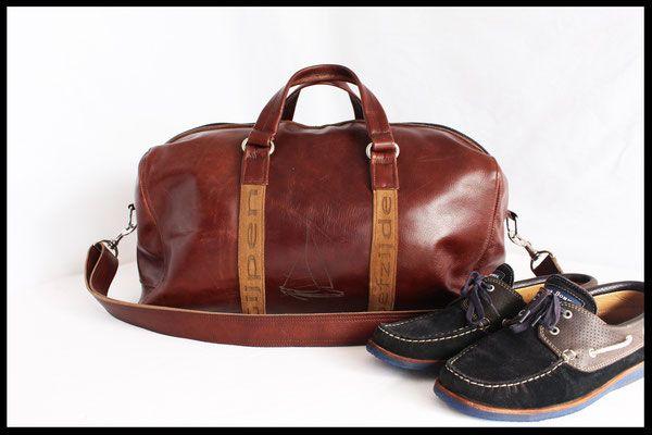 """Sporttas Martinus """"zeiltas"""" Handgemaakte leren tas, gemaakt in onze eigen atelier."""