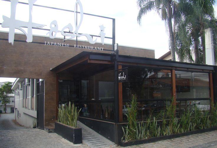 O restaurante japonês Hoshi foi entregue em 2014. Contou com a reforma do imóvel para a instalação de ar condicionado, elevador de carga e câmara fria. Possui gesso acústico, acessibilidade para portadores de deficiência, projeto de iluminação e ambientação personalizados.