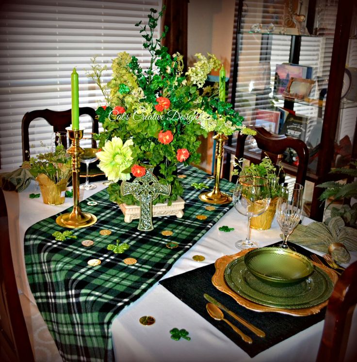 17 best images about my door decor more on pinterest for St patricks day decorations for the home