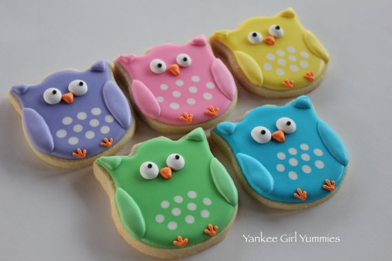 owl cookie from tulip cutter.  Picture only