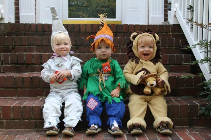 Halloween Costume ideas for Twins and Triplets