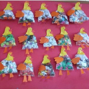 plastic bag hen craft