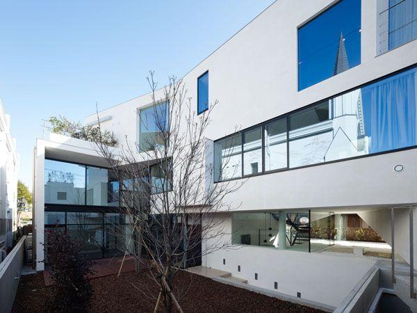 Casa N en Tokio Diseño unificado de dos Volumenes por Takato Tamagami