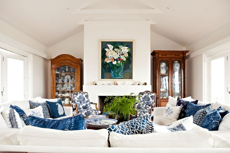 It takes a lifetime to establish a treasured collection of antiques and artwork. This home belongs to Anna's family and it is where she grew up. It has been re-decorated a number of times over the years, however, her mother's passion for blue and white has never faded. Anna has carefully curated a lively, yet restrained look using exquisite fabrics and her parent's cherished possessions. Black & Spiro Interior Design