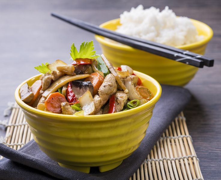 Pad Wun Cen marha // üvegtészta, tojás, bazsalikom, újhagyma, fafülgomba, kínai kelkáposzta, angol zeller, szója szósz, marha