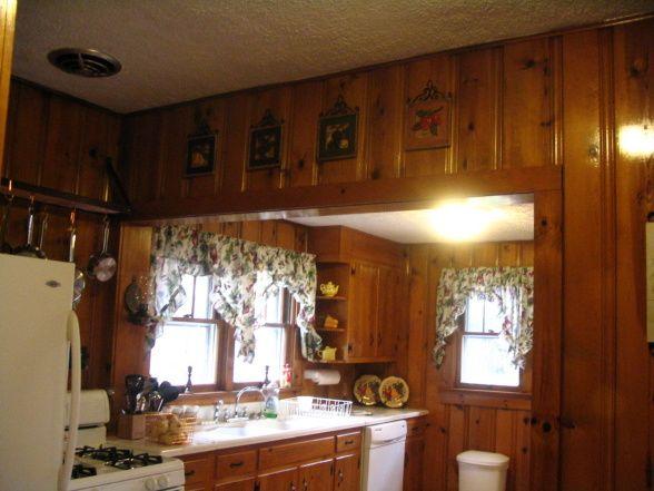 Decorating With Knotty Pine Walls Knotty Pine Kitchen