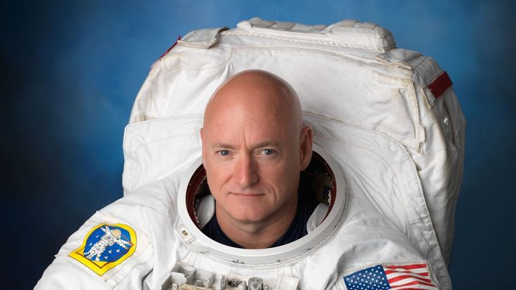 Everyone's favorite astronaut Scott Kelly will retire from NASA next month