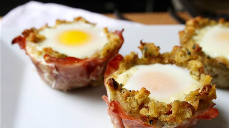 Mix Thanksgiving stuffing and ham with eggs to make breakfast cups