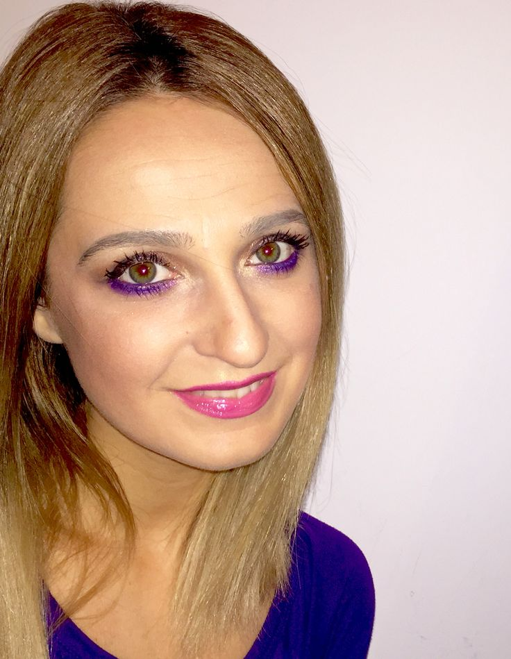 Purple evening makeup  http://www.bellecolor.ro/maro-mov-negru-roz-viata-e-frumoasa-in-culori/