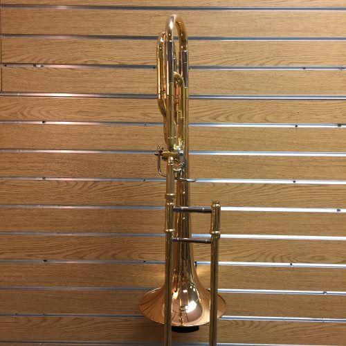 Yamaha YSL-448G Intermediate Trombone | A balanced blend of rich tone, playability, and even response. $1,902.99 at WardBrodt.com. #brassinstruments #brassinstrumentsforsale