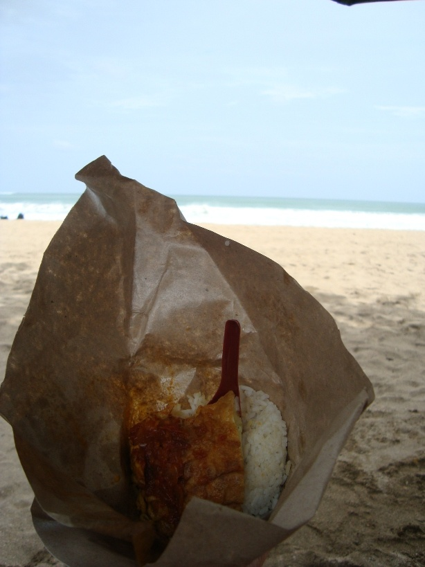 Breakfast: Nasi Bungkus at Kuta Beach, Bali.