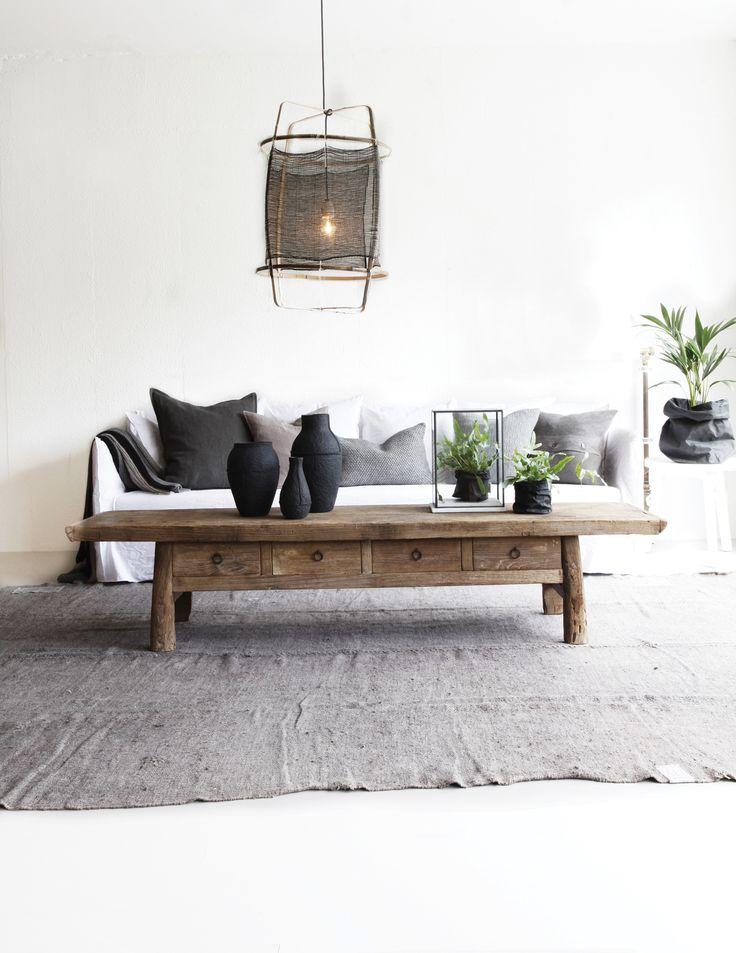 Ancienne table basse à tiroirs - crédit Olen Mobel