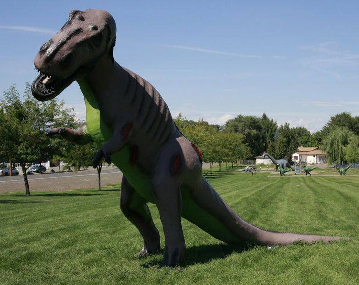 Yakima Washington Places to go with Kids Toppenish Dinosaur Park
