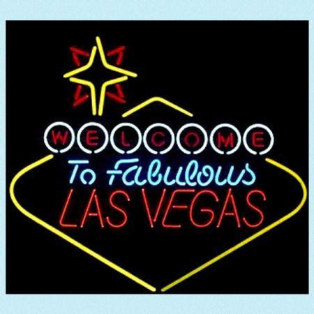 Neonskilt Las Vegas fra Ruth66. Om denne nettbutikken: http://nettbutikknytt.no/ruth66-no/