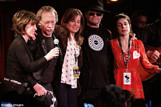 Talia and Annabel with Deana Martin, Micky Dolenz, and Peter Tork at the BB King's fundraiser, 2012