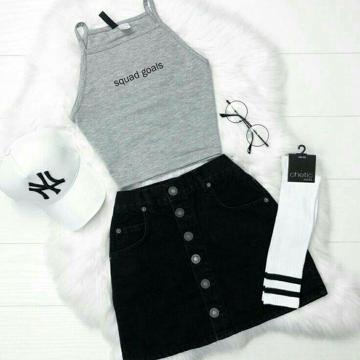 Perfektes Outfit (außer Brille und Socken) schön… – #außer #Brille #hoes #O