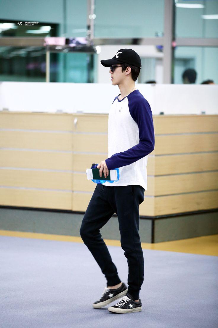 Exo Airport Fashion