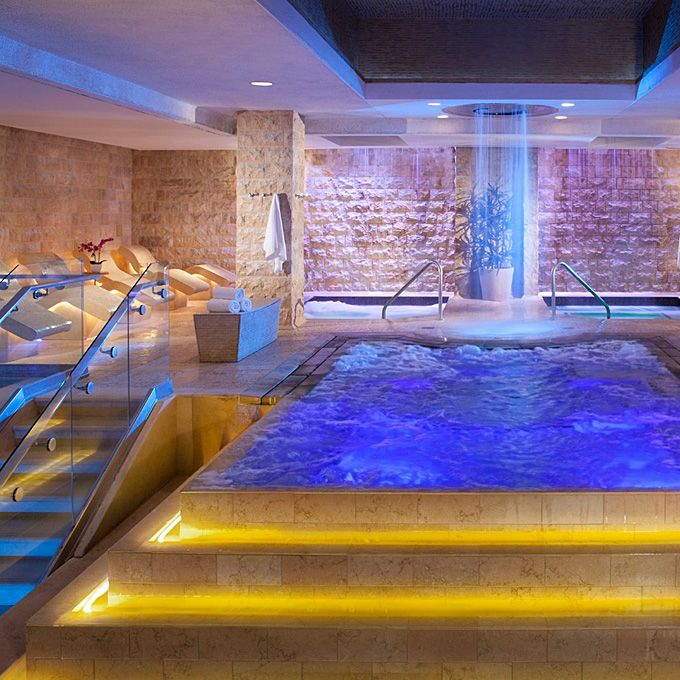 Brides.com: The Best Las Vegas Hotspots for Honeymooners. Where to Relax in Las Vegas: Qua Baths & Spa at Caesars Palace. Take your cues from the ancient Romans and embrace all the heady decadence on offer at Qua Baths & Spa. After taking a turn about the elaborate wet areas that combine beautiful hot, warm, and cold pools, plus a laconium (like a sauna) and heated stone loungers (trust us, they're more comfy than they sound), join your partner in one of the couples' rooms for an Hourglass…