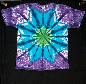 DIY TieDye Star--- we need to try this dani