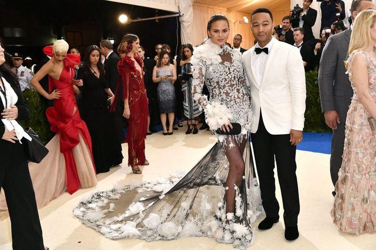 Chrissy Teigen &John Legend @Met Gala 2017