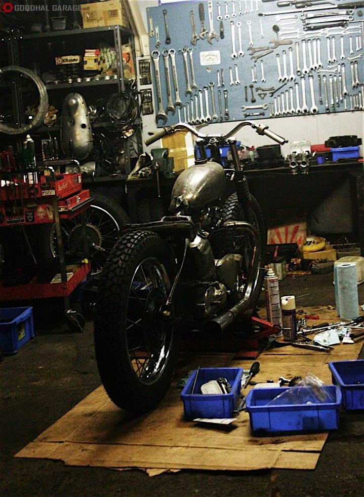 Motorcycle Service Garages : Best images about garage life on pinterest bikes