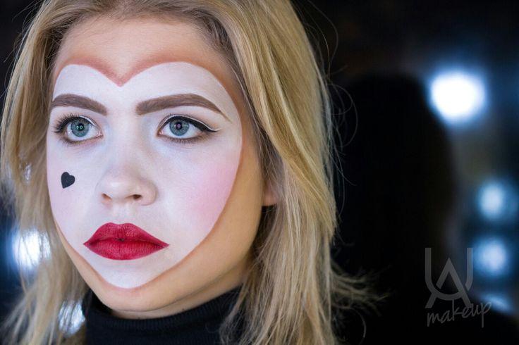 Illamasqua Throb Look (original makeup look by Alex Box)