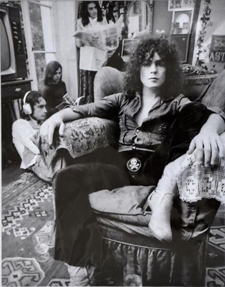 Spud Murphy photo from Electric Warrior poster shoot.  Ohhhhhhh, the skull and crossbones.....can't get those out of my mind. Plus, Bolan in dude shoes (boots)!