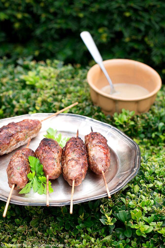 kofta kebab - grillowane szaszłyki z mięsa mielonego
