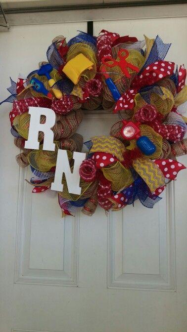 RN Nurse Wreath by Shes's Crafty too www.facebook.com/groups/shescraftybyclara