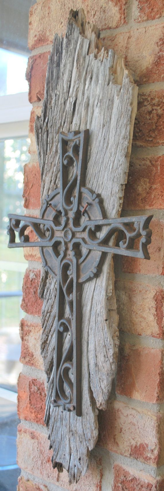 Aged Barnwood & Iron Cross /Shabby Chic by montesanoalpacas