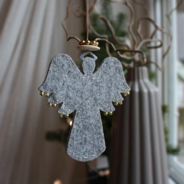 Materialpakke ENGEL m/glorie - Fin til juleverksted for ungdom og voksne. Ferdig kuttet engel og resten av materialene du trenger får du på materialrommet.no.
