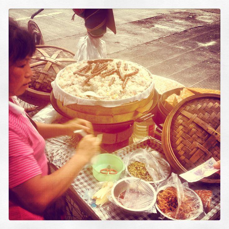 eat Chinese street food