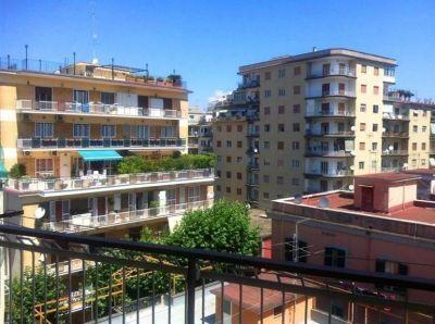 VOMERO VIA MORGHEN palazzo signorile, 4 camere, cucina, doppi servizi, balconi € 570.000,00 MONTEC...