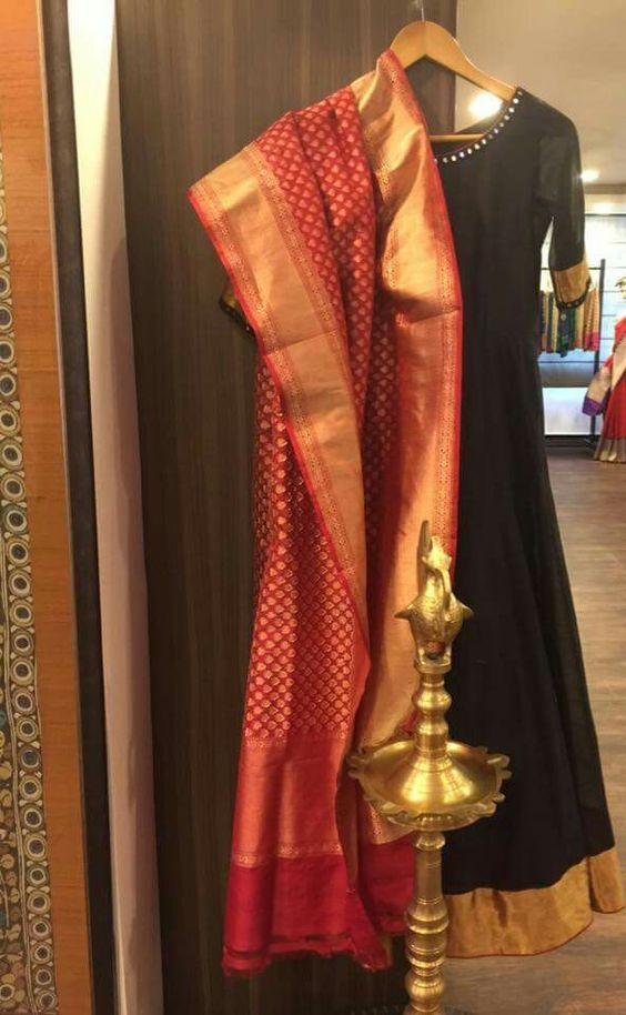 Banarasi dupatta with plain kurta or bordered with zardosi