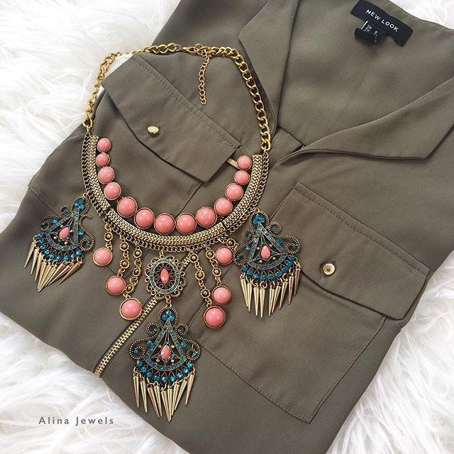 Dressing up casuals.... Zebah Statement Necklace £11.99 www.alinajewels.co.uk #alinajewels #statementjewelry #luxury #statementpiece #bohochic #crystal #instadaily  #outfitoftheday #picoftheday #vintage #hudabeauty #lookamillion #mac #hijabfashion #socialmedia  #socialmediamarketing #simplycovered #fashiondiaries #fashionpost #todaysoutfit #ootd #blogger #bloggerstyle #zara #statementnecklace #getthelook #hijab #wiwt #instagram by @alina_jewels.  #logo #graphicdesign #brandidentity #brand…