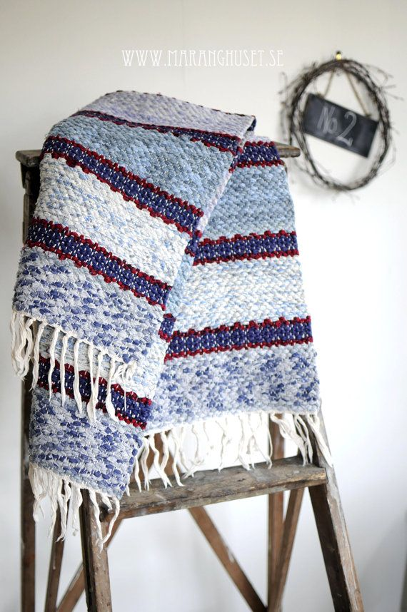 hand woven rug...rugs are fun and quick to weave...