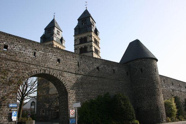 Motorrad Touren Eifel, Hunsrück, Mosel, Pfalz, Donnersberg,Schwarzwald, Elsass